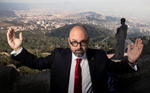"""Carlos Ruiz Zafón: """"'El cementiri dels llibres oblidats' és una…"""
