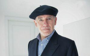 """Edward Rutherfurd: """"El sentiment d'identitat i l'economia són els dos…"""