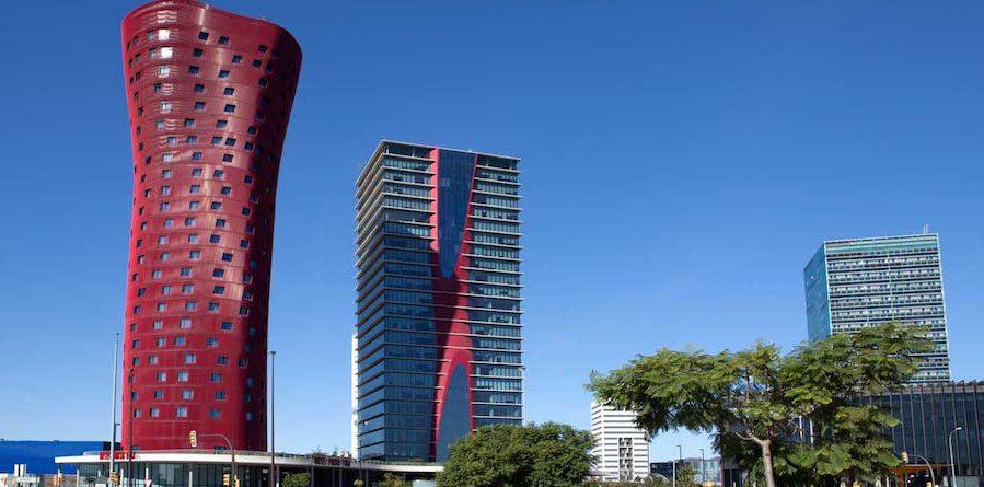 Plaça Europa de l'Hospitalet de Llobregat premis Pritzker RCR Norman Foster Toyo Ito Rafael Moneo Hotel Porta Fira Fira de Barcelona