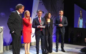 Javier Sierra guanya el Planeta i Cristina López Barrio és…