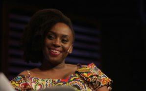 "Chimamanda Ngozi Adichie: ""Si parlo de feminisme, espero reaccions hostils;…"