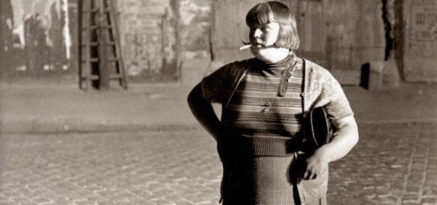 Detall de 'La prostituta a prop de la Place d'Italie'. Brassaï