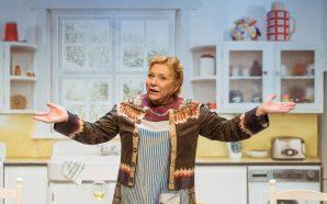 'Shirley Valentine' no vol deixar que la rutina l'aclapari