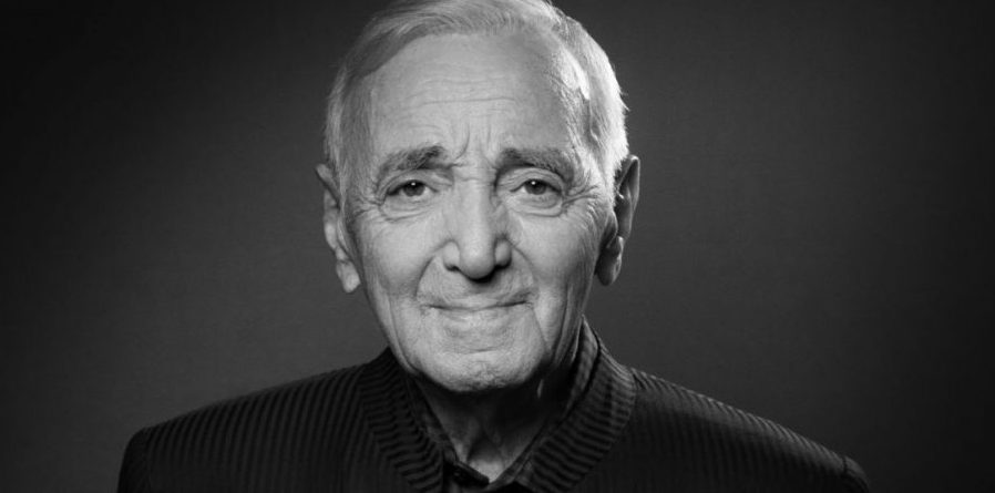 1538398166-charles-aznavour-muere-a-los-94-aos