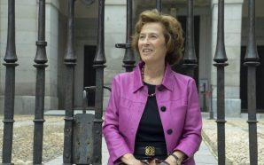"""Julia Navarro: """"És una anomalia que Franco estigui enterrat amb…"""