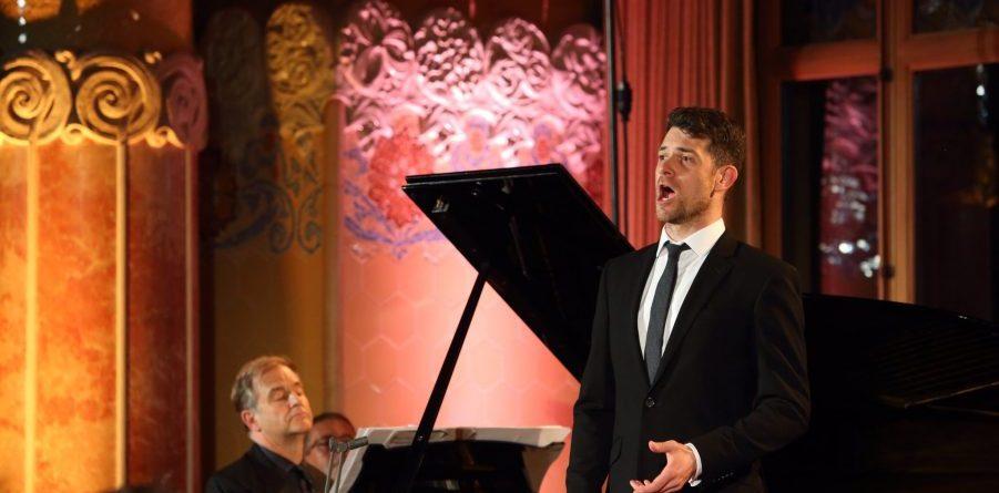Julius Drake piano) i Martin Hässler veu) / Foto: Elisenda Canals.